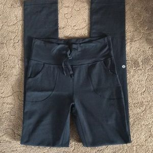 Original Lululemon leggings, new condition!